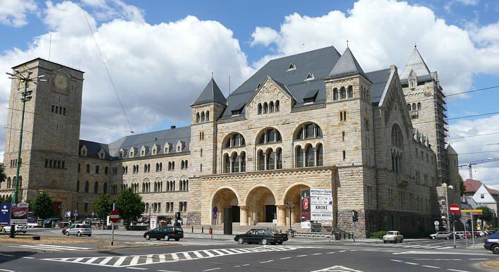 Zamek Poznań Centrum Kultury Pitu Pitu Poznań